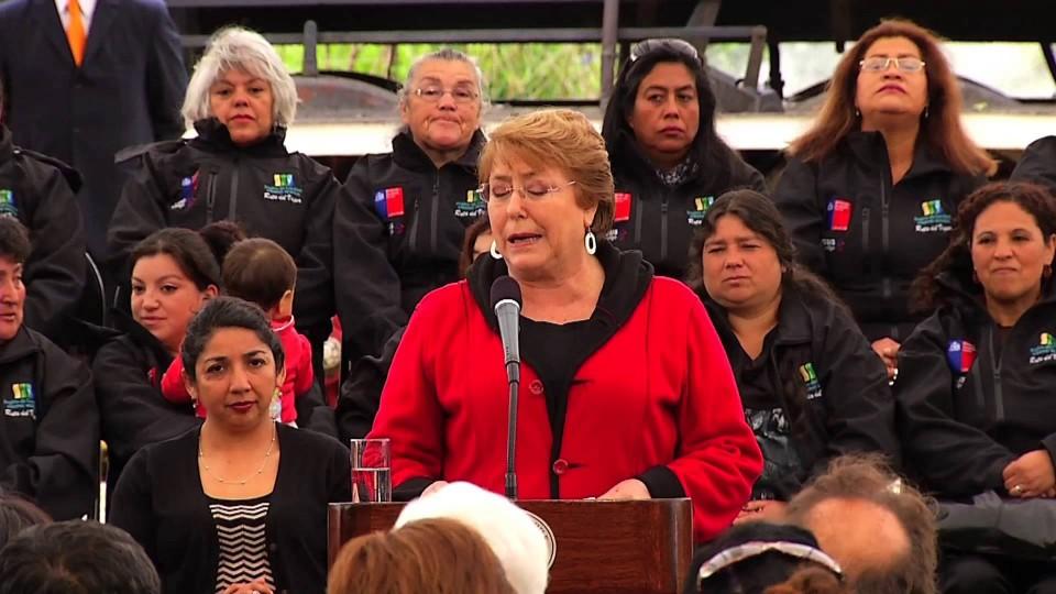 Presidenta Bachelet visitó Antilhue para dar el vamos a la reactivación del tren Valdiviano