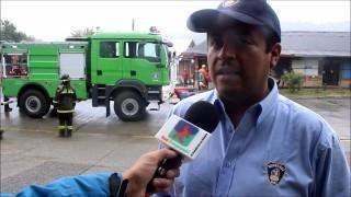 Bomberos de Panguipulli celebran llegada de moderno carro forestal