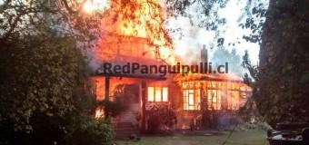 Incendio destruye por completo casona de más de 100 años en Fundo «La Esperanza»