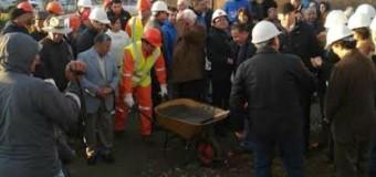 Ponen primera piedra en pavimentación de ruta Puyehue-Los Tayos