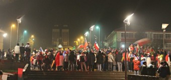 Hubo tres detenidos: Carabineros felicitó a la comunidad por comportamiento tras el triunfo de la Roja