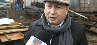 Concejal Valdivia gestiona subsidios habitacionales para damnificados de Incendio