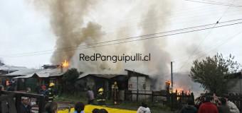 Violento incendio en Pob. Lolquellén afectó varias casas y dejó cuantiosas pérdidas