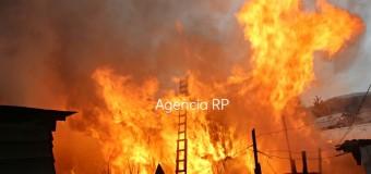 RedTv: Así fue el violento incendio en Pob Lolquellén Video