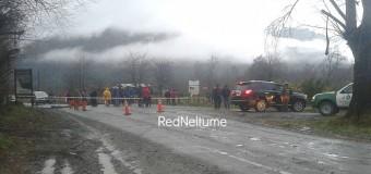 Por paralización en Galería de Prospección   Trabajadores suspendieron el tránsito en Lago Neltume