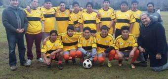 Club deportivo de Cerro Pitrén recibió implementación deportiva