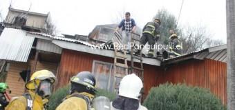 Principio de incendio deja al menos 40 por ciento de daños en vivienda