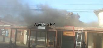 """""""Sartén con aceite"""" habría iniciado principio de incendio en locales de Calle Prat en la ciudad"""