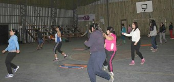 Mujeres de Coñaripe participan en Talleres de Baile y Zumba