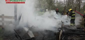 3 personas resultaron damnificadas tras un incendio en Chauquén Alto