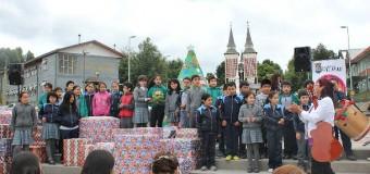 Municipio entregó regalos de navidad para más de 4 mil niños de la comuna