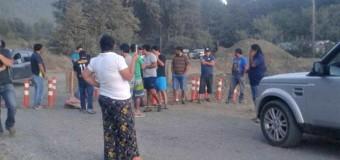 Vecinos de Neltume concretan nueva toma de la ruta en descontento con el estado del camino