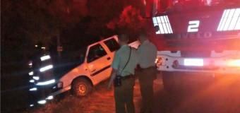 Vehículo terminó con fuga de combustible tras accidente en sector Ñancul