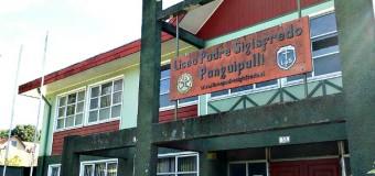Frustran robo a Liceo Padre Sigisfredo y detienen a dos sujetos