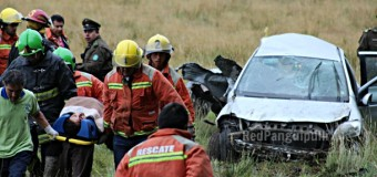 Dos personas mueren en violento accidente en Huitag