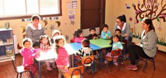Menores de Sala Cuna y Jardín I. Quechumalal iniciaron clases en dependencias provisorias