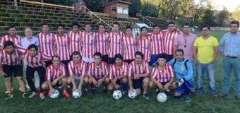 De cara al Regional de Clubes Campeones | Saesa aportó indumentaria al Club Talentos Panguipulli