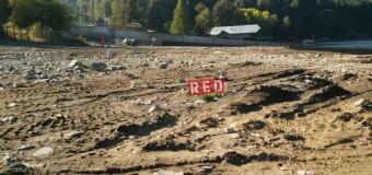 Vecinos de Puerto Fuy piden quitar escombros del balneario