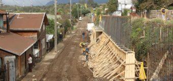 """Mejorarán calle Las Bandurrias y construirán """"Centro de Ferias"""" en Panguipulli"""