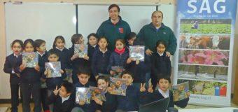 Niños de Puerto Fuy conocieron el trabajo del SAG