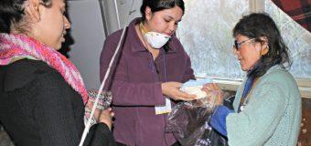"""Voluntarios y Municipio llegaron para brindar una mano de ayuda a """"Abuelita Duracell"""""""