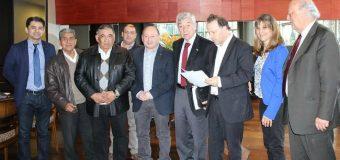 Senador De Urresti se reunió con embajadores para solicitar reapertura del paso Carirriñe