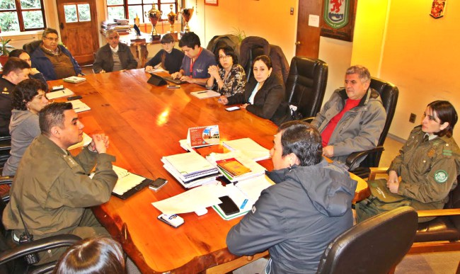 Instituciones de Panguipulli se reúnen para fortalecer Comité Comunal de Emergencia