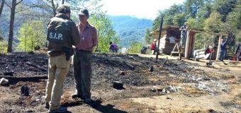 Una casa se incendió en Liquiñe Alto y dejó a dos personas danmificadas
