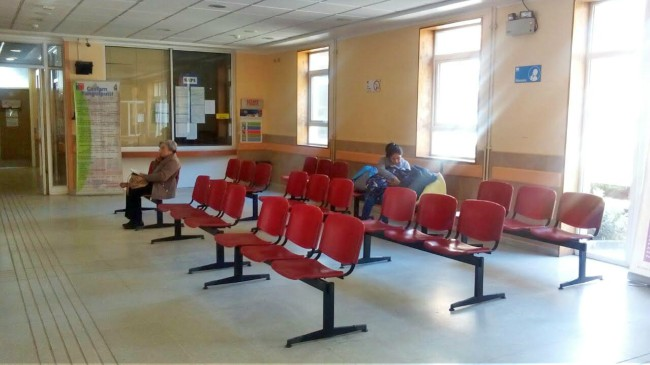 Sala de espera en Cesfam de Panguipulli