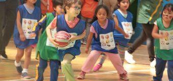 Liceo Fernando Santiván fue escenario de gran encuentro deportivo con niños de la región