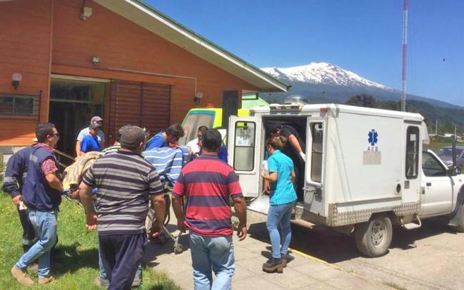 Tras accidente en Fuy Alto, pera médicos lo trasladaron de urgencia a Panguipulli | Jacob Salgado, RedNeltume