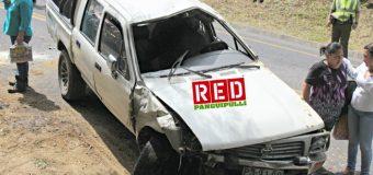 Camioneta volcó en Payahuiente Alto con 4 ocupantes en su interior