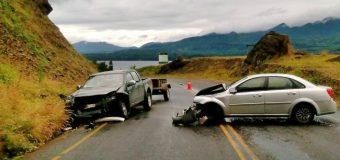 Accidente carretero deja dos lesionados en ruta Coñaripe – Panguipulli. Dirigente Mapuche entre afectados