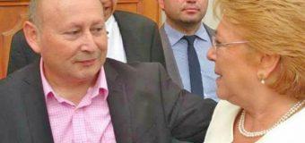 Alcalde Valdivia tomó desayuno con la presidenta Bachelet