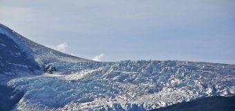 Turistas sufrieron aparatosa caída durante excursión a glaciar Mocho – Choshuenco