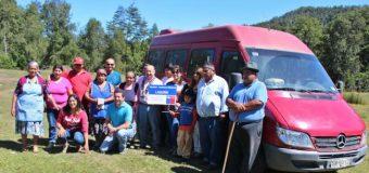 Ponen en funcionamiento servicio de transporte subsidiado que beneficia a sectores de Liquiñe