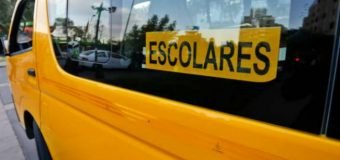 Menor a bordo de una bicicleta fue atropellado por furgón escolar