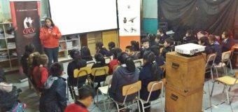 """Realizan taller de """"cine comunitario"""" en escuela de Coñaripe"""
