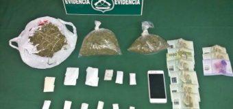 Menor de edad es detenido por vender marihuana en Liceo de Panguipulli