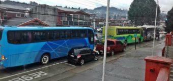 Gremio de microbuseros llegó hasta el Municipio exigiendo cumplir compromisos y aclarar supuestos