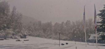 Autoridades decretan cierre del Paso Fronterizo Hua Hum por acumulación de nieve