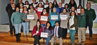 Agricultores de Panguipulli finalizaron curso de formación de cooperativas