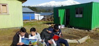 Leyendo en Red implementa nueva biblioteca en Escuela Tierra de Esperanza de Neltume