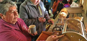 Tejedoras de Lumaco reciben implementación para el desarrollo de emprendimientos