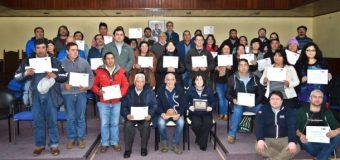Agricultores recibieron certificados en uso y mantención de biodigestores domiciliarios