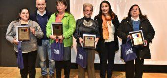 Usuaria de INDAP Panguipulli recibió reconocimiento en Día Internacional de la Mujer Rural