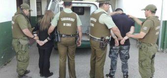 Dejan en prisión preventiva a pareja implicada en robo con intimidación a local de juegos en Lanco