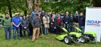 Comunidad indígena en Lago Ranco mejora su agricultura con nueva maquinaria