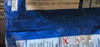 """Denuncian entrega de leche """"vencida"""" en Cesfam de Panguipulli"""
