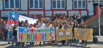 Alrededor de 100 funcionarios a honorarios del municipio se unieron a paro por cotización obligatoria